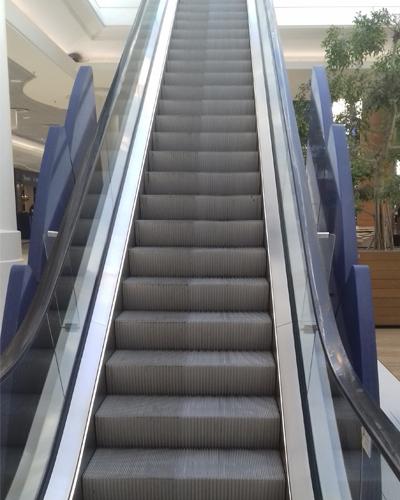 Nettoyage escalator